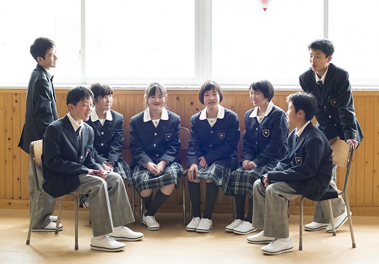 富士学苑中学の制服